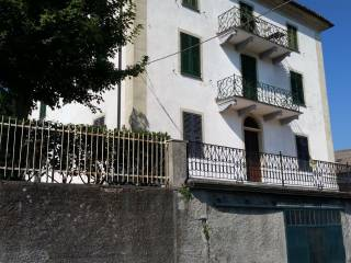 Photo - Apartment Località San Gottardo, Montaldeo