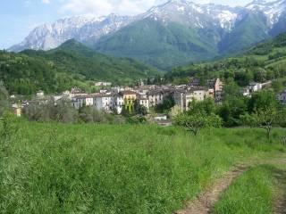 Foto - Terreno edificabile residenziale a Isola del Gran Sasso d'Italia