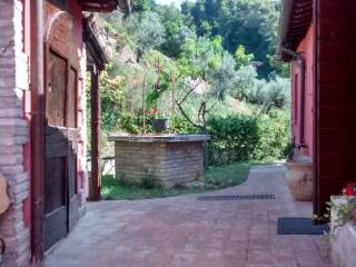 Foto - Rustico / Casale via San Sebastiano, Foligno