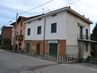 Foto - Palazzo / Stabile via Cerri 16-18, Merate