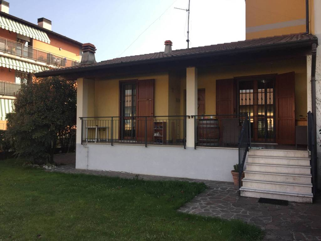 foto  Villa a schiera via Giovanni Pascoli, Castel Mella