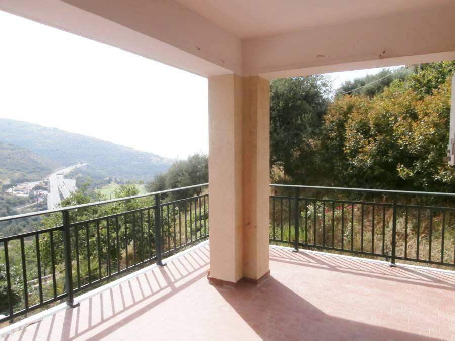 foto  Bilocale buono stato, secondo piano, Castellaro