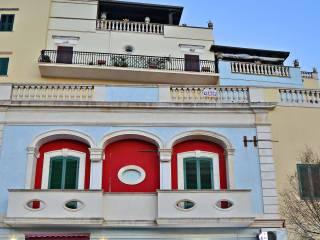 Foto - Bilocale piazza Dante Alighieri, Castro