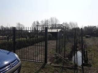 Foto - Terreno edificabile commerciale a Gaggiano