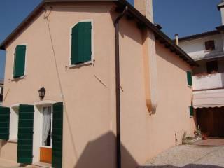 Foto - Casa indipendente via Giovanni Battista Canal 23, Nervesa della Battaglia