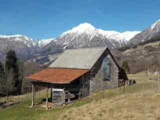 Foto - Rustico / Casale, da ristrutturare, 21000 mq, Chies d'Alpago