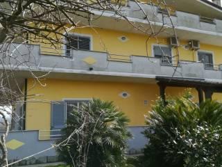 Foto - Appartamento via Volturno, Amorosi