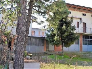 Photo - Building via Giuseppe Mazzini, Mornico al Serio