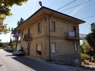 Foto - Casa indipendente Strada Provinciale Martinsicuro Villa Lempa Ancarano, Colonnella