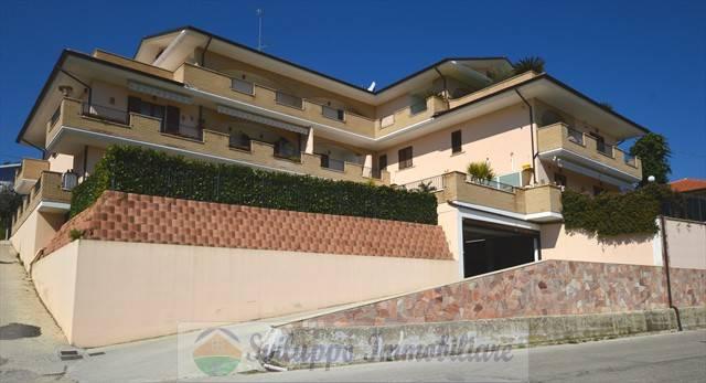 foto  Trilocale via Giardino, Colonnella