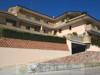 Foto - Trilocale via Giardino, Colonnella