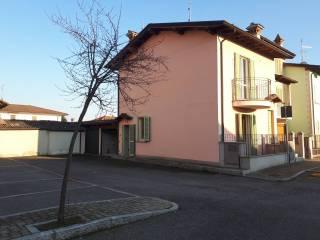 Foto - Bilocale via Vernazza, Casale Cremasco-Vidolasco