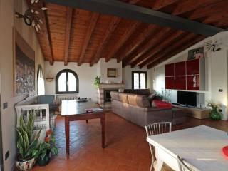 Foto - Quadrilocale ottimo stato, ultimo piano, Villaggio Sereno, Brescia