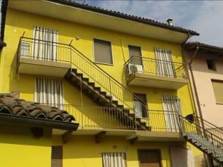 Foto - Rustico / Casale via Camillo Benso di Cavour 13, Tonco