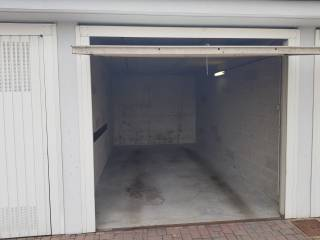 Photo - Car box / Garage via A  Valè 99, Noviglio
