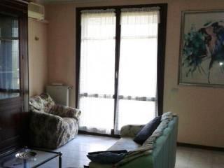 Foto - Villetta a schiera 4 locali, buono stato, Marmirolo - Bagno, Reggio Emilia