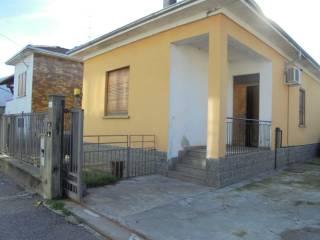 Foto - Villa Strada Vicinale Colombarone 45, Vignale, Novara