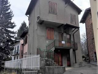 Foto - Casa indipendente via Vincenzo Foppa, Cavagnano, Cuasso al Monte