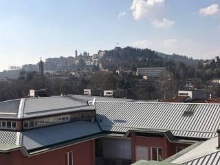 Foto - Attico / Mansarda via Gianforte Suardi 4, Corridoni, Bergamo