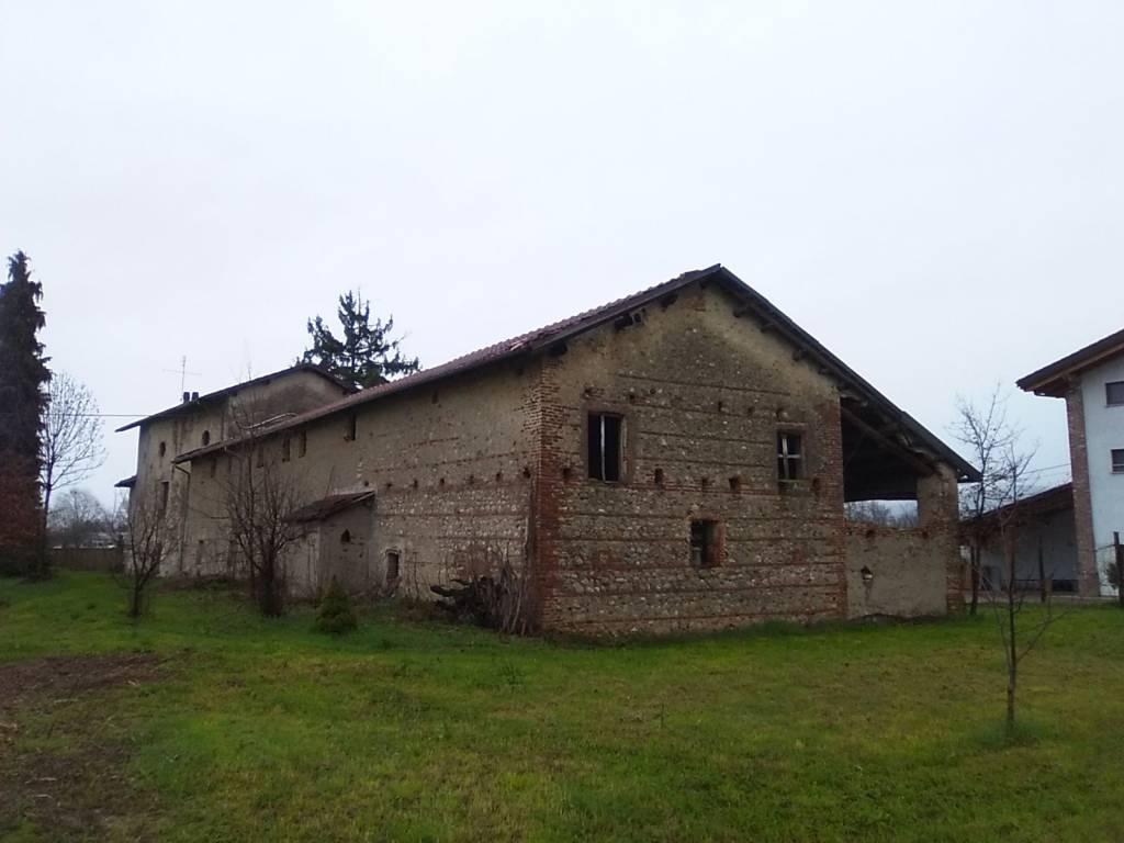 Foto 1 di Rustico / Casale Via Spinetta, Cuneo