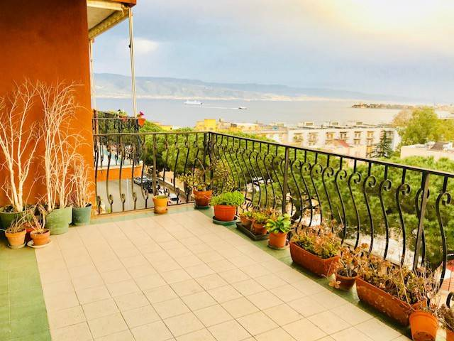 foto  Quadrilocale viale Regina Elena 313, Messina