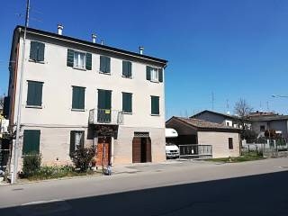 Foto - Casa indipendente via Ernesto Papazzoni 23, Cavezzo