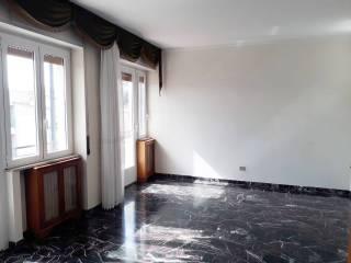 Foto - Appartamento buono stato, terzo piano, Borgo Rodi, Ancona