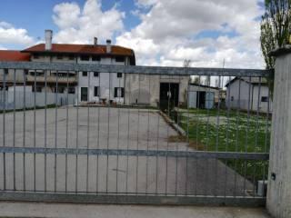 Case in vendita porto viro - Piscina porto viro ...