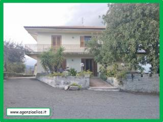 Foto - Villa 300 mq, Acireale