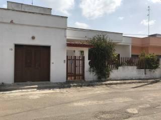Foto - Villa via R  Scotellaro, Veglie