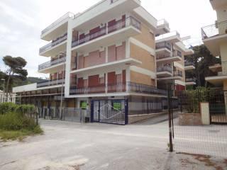 Foto - Trilocale via Buca Carbonaio 7, Vico del Gargano
