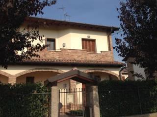 Foto - Villetta a schiera Strada Nuova 19, Giussago
