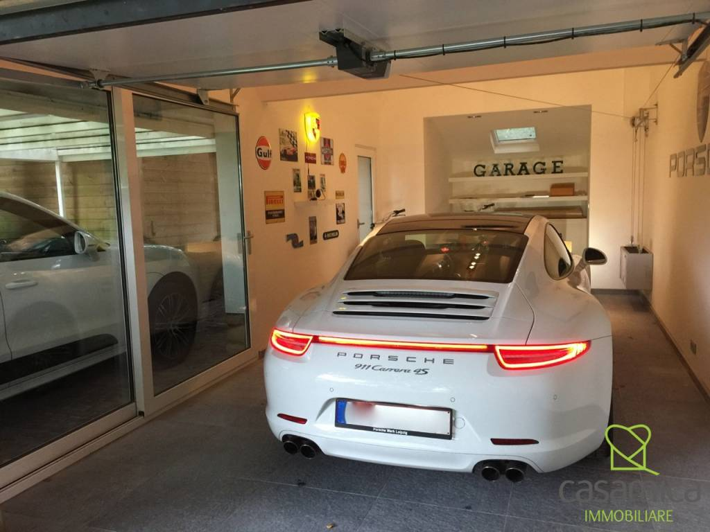 foto  Box / Garage piazza San Frediano 2, Lucca
