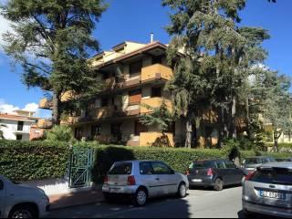 Foto - Trilocale via Vittorio Veneto 31, Bordighera