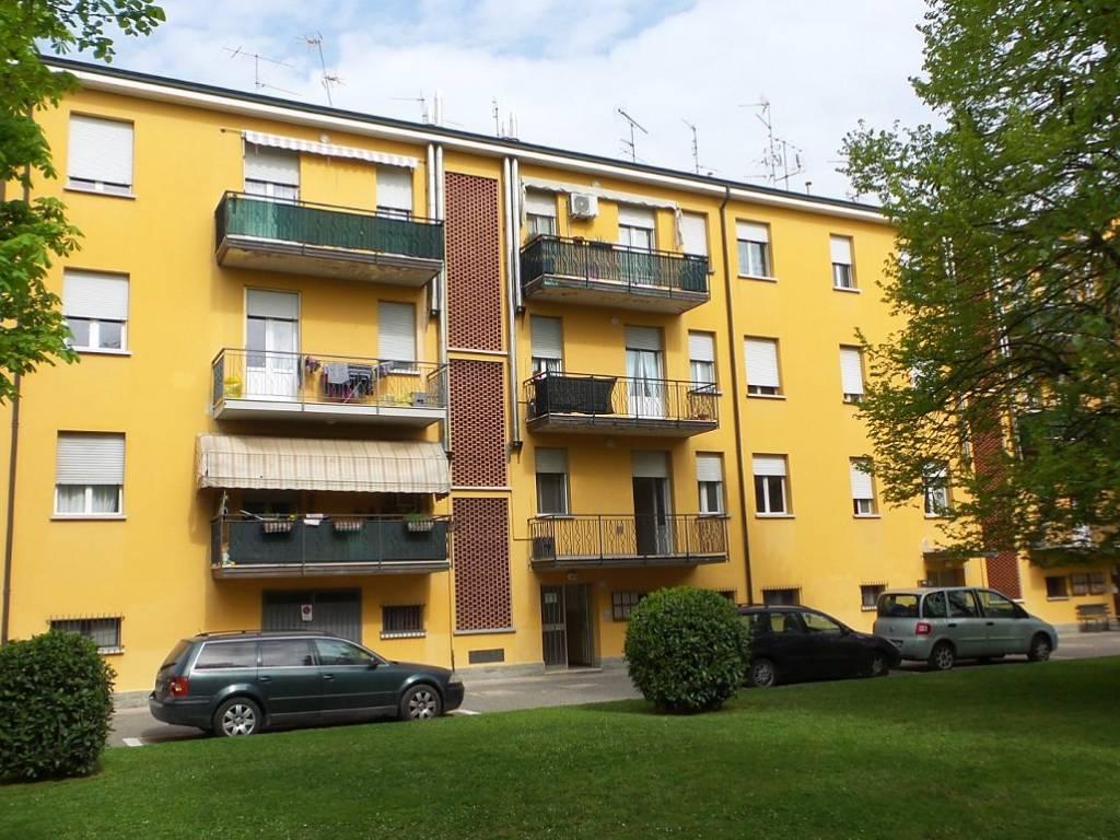 foto fronte Quadrilocale via Giacomo Matteotti 26, Castello d'Argile