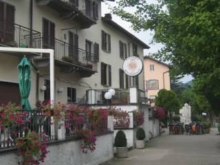 Foto - Casa indipendente piazza 4 Novembre, Lavena Ponte Tresa