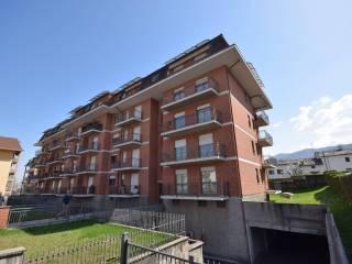 Foto - Trilocale via Luigi Tegas 36, Luserna San Giovanni