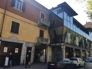 Foto - Bilocale piazza Martiri della Libertà 1, Centro storico, Rivoli
