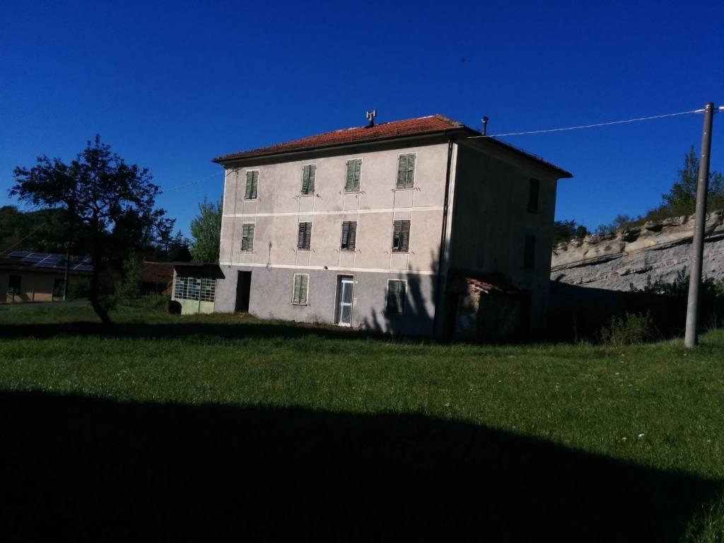 foto  Rustico / Casale via Gavi, Bosio