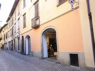 Foto - Trilocale via Domenico Carpinoni 30, Clusone