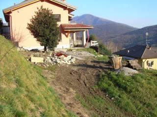 Foto - Terreno edificabile residenziale a Caslino d'Erba
