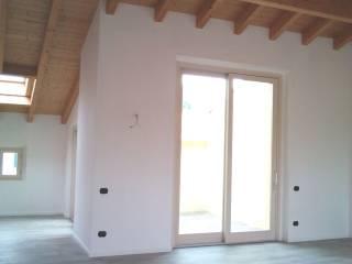 Foto - Appartamento via Lucino al Monte 4, Montano Lucino