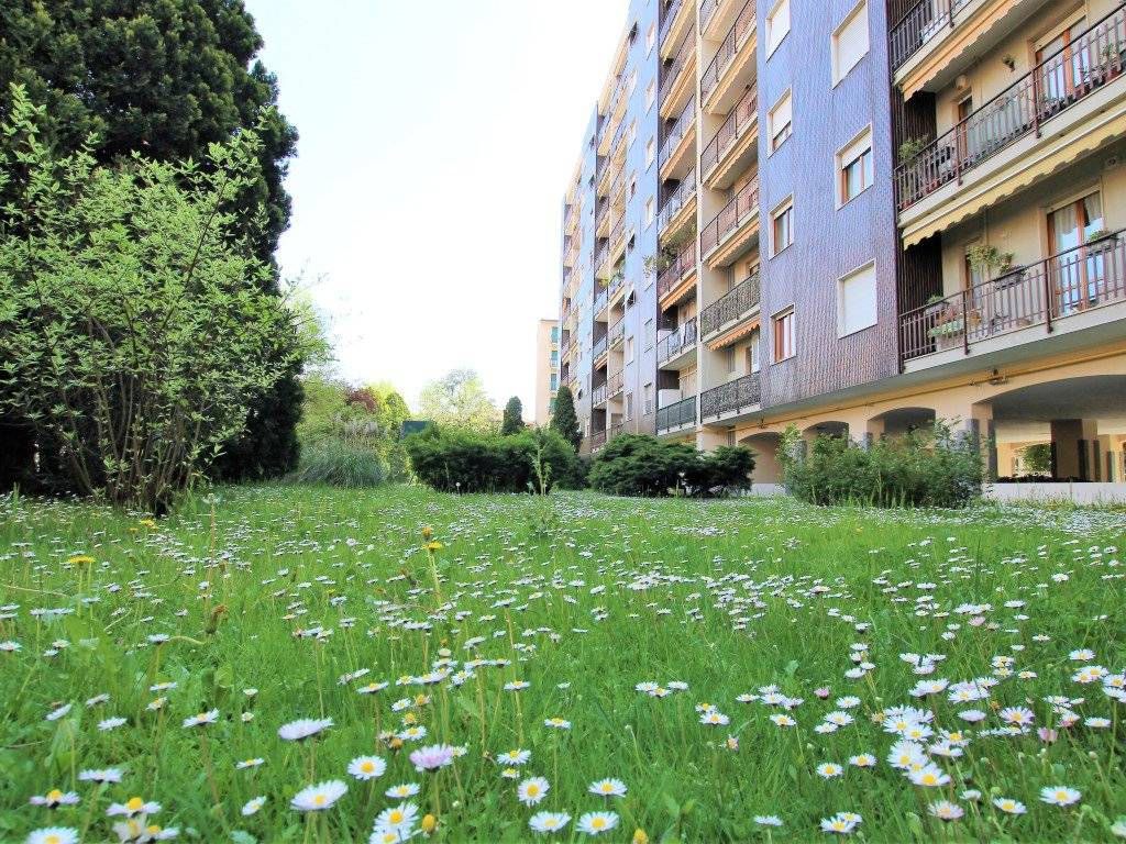 foto esterno 3-room flat via 25 Aprile 39, Cinisello Balsamo