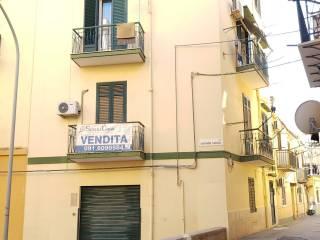 Foto - Bilocale via Corrado Lancia, Zisa, Palermo