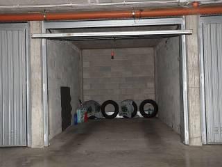 Garage/Box Auto in Vendita: Alessandria Box / Garage via Pietro Parnisetti, Pista, Alessandria