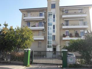 Foto - Trilocale Strada Fosso Cavone 25, Tiburtina, Pescara