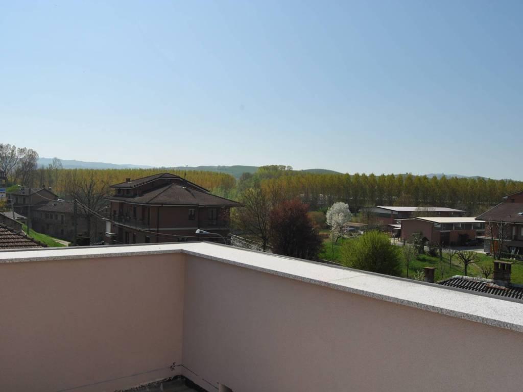 Foto 1 di Appartamento Via Camillo Benso di Cavour, Grinzane Cavour