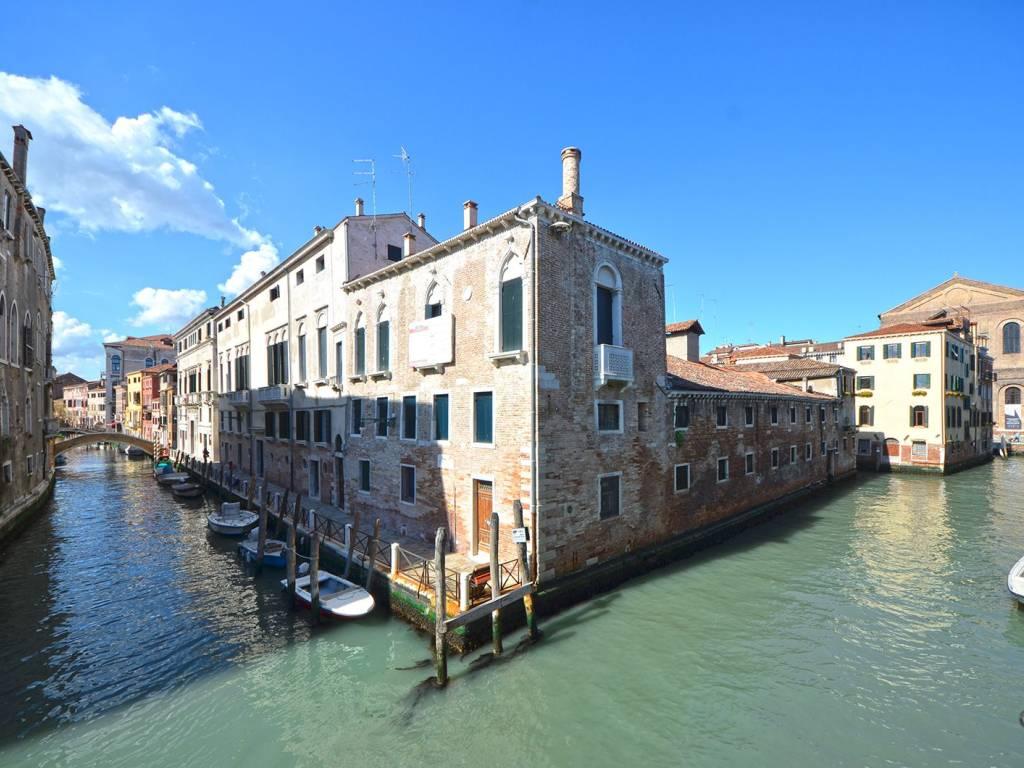 foto  Quadrilocale ottimo stato, secondo piano, Venezia
