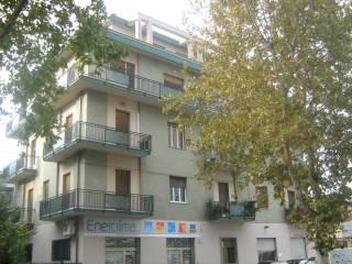 Foto - Quadrilocale via Tiburtina Valeria 102, Tiburtina, Pescara