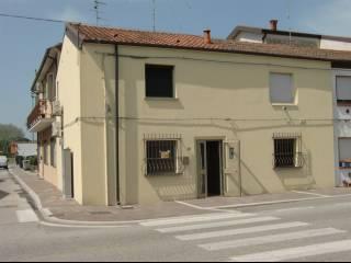Foto - Casa indipendente piazza Vittorio Veneto 20, Bosco Mesola, Mesola